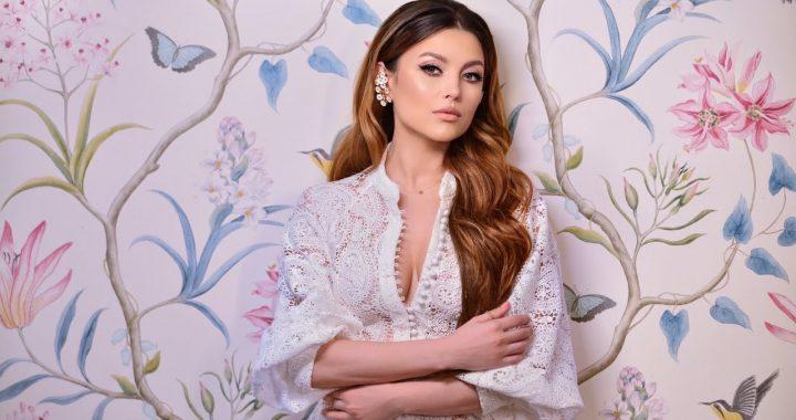 Asculta live, Elena Gheorghe - Mari Vreari, single nou