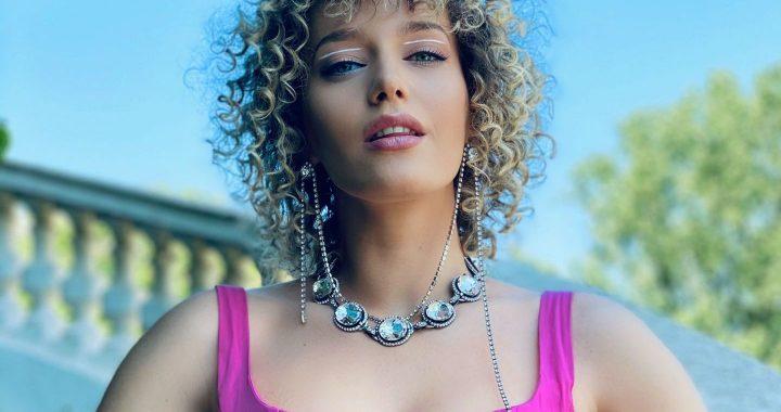 Asculta online, Alexia Talavutis - Hotaraste-te, single nou