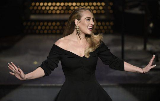 Adele - Hello la Radio Click Romania