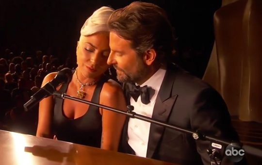 Lady Gaga si Bradley Cooper - Shallow