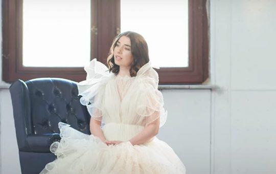 Asculta online, Alexandra Usurelu - Usor, single nou