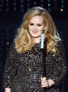 Skyfall – interpretat de Adele, Oscar 2013