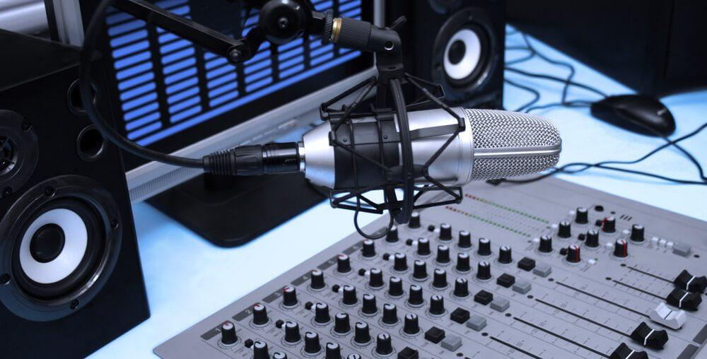 Vrei sa fii DJ, Vrei sa fii moderator radio, dj la radio, moderator radio, vreau sa fiu dj, moderator la radio,